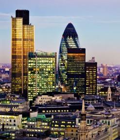 London sykline dusk